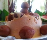 Mango Gulab Jamun Kulfi Cake