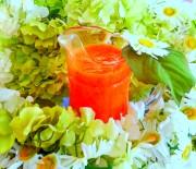 Carrot, Strawberries, Papaya, Pomegranate Smoothie