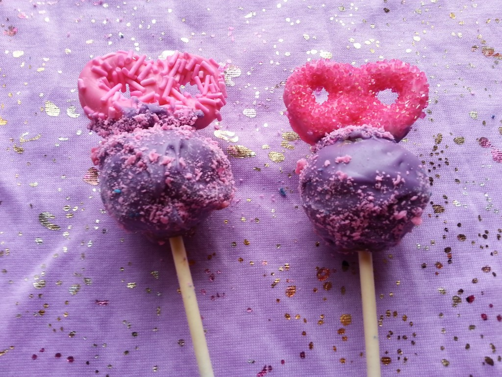 Purple Cakepops