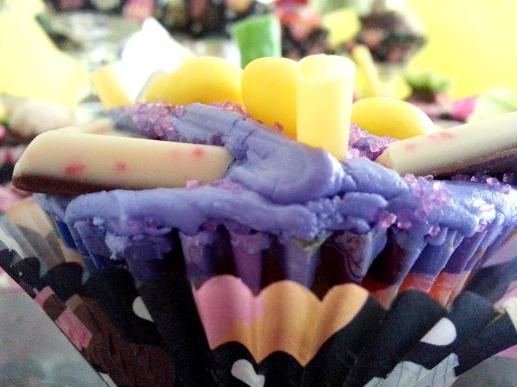 pretty cupcake decoration