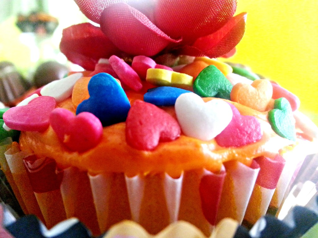 Rainbow Cupcakes - Dessert Cupcakes