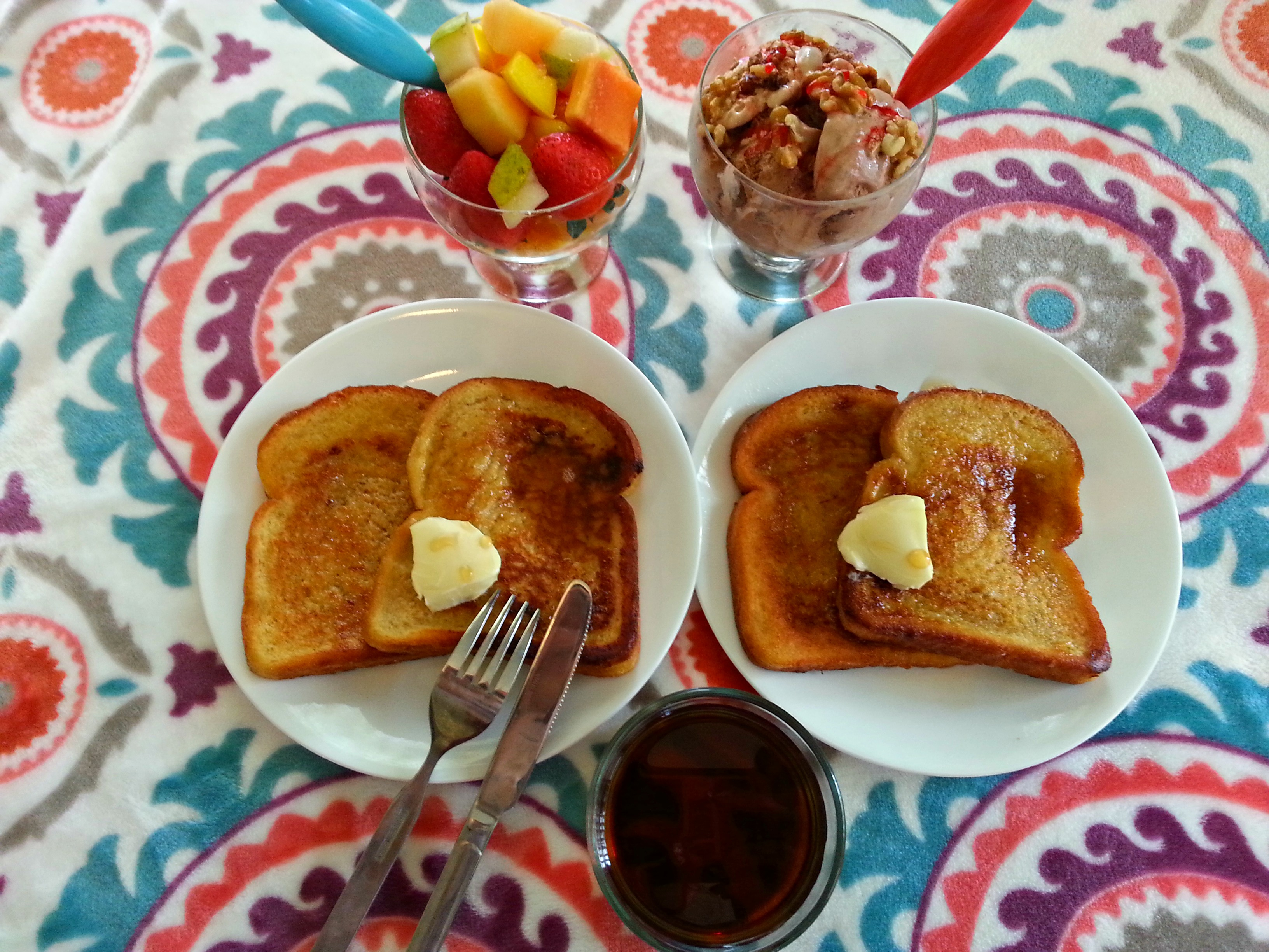 French toast breakfast with eggs
