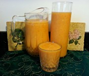 Yellow Smoothie (Pineapple and Cantaloupe)