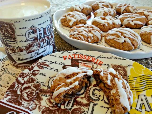 Iced Apple Cinnamon Oatmeal Cookies