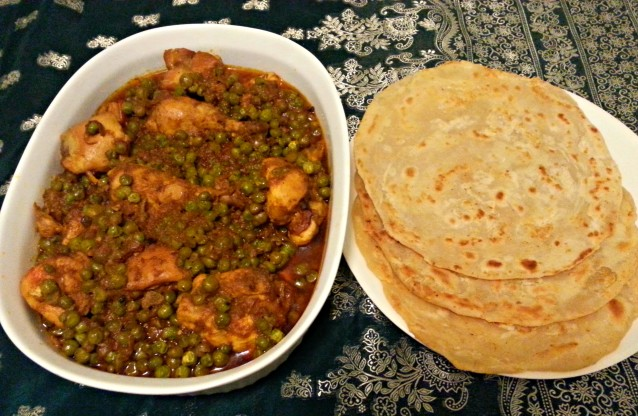 Chicken and Peas Curry | Matar Murgh Salan